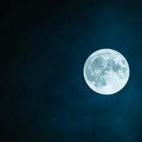 Zeswoordverhaal: Volle Maan