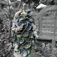 Kunstvrouw in blauw