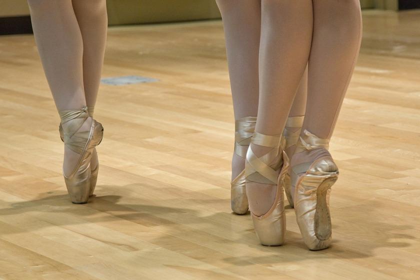 ballet-shoes-999807_960_720